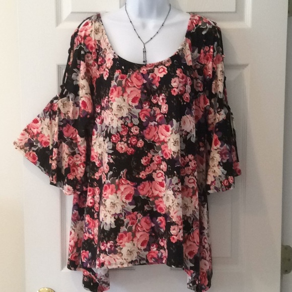 0a595af9d1b Arabella Tops | Hppeek A Boo Tie Arms With Bell Sleeves Nwt | Poshmark